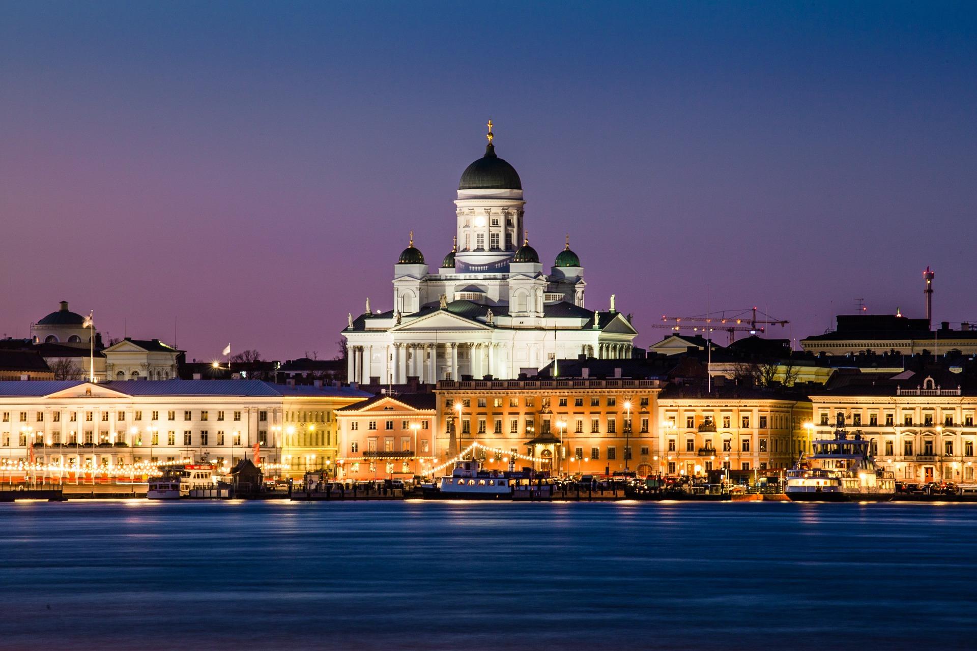 Metropolen und Zarenpaläste an der Ostsee - Bild