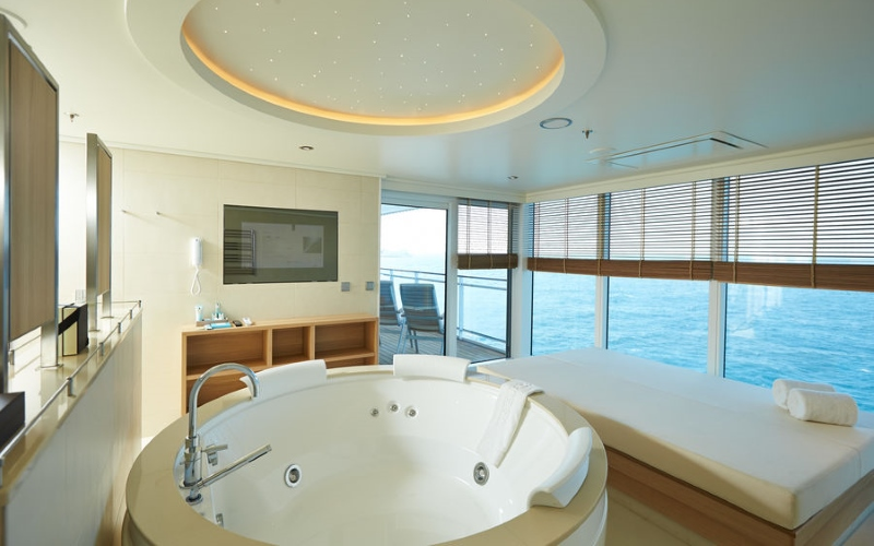 Owner Suite 11 - MS EUROPA 2 - Bild 2 - Thumb