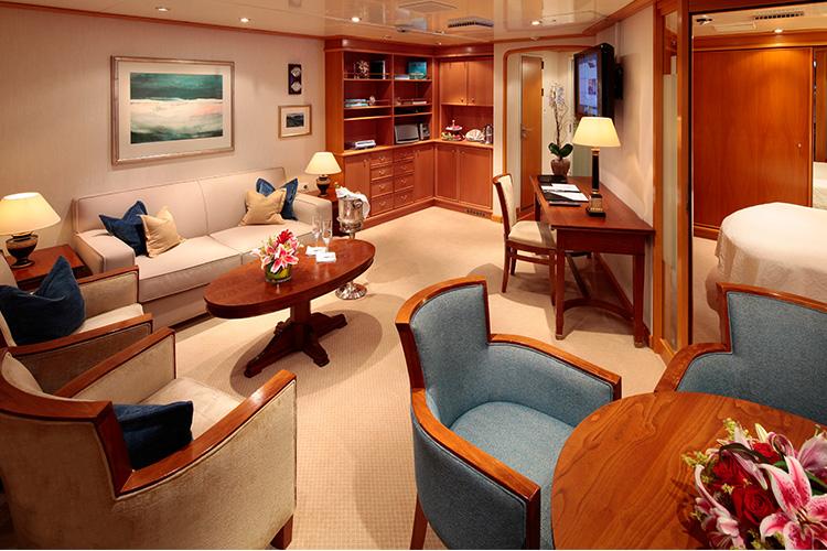 Owner´s SuiteKat OS - Sea Dream I