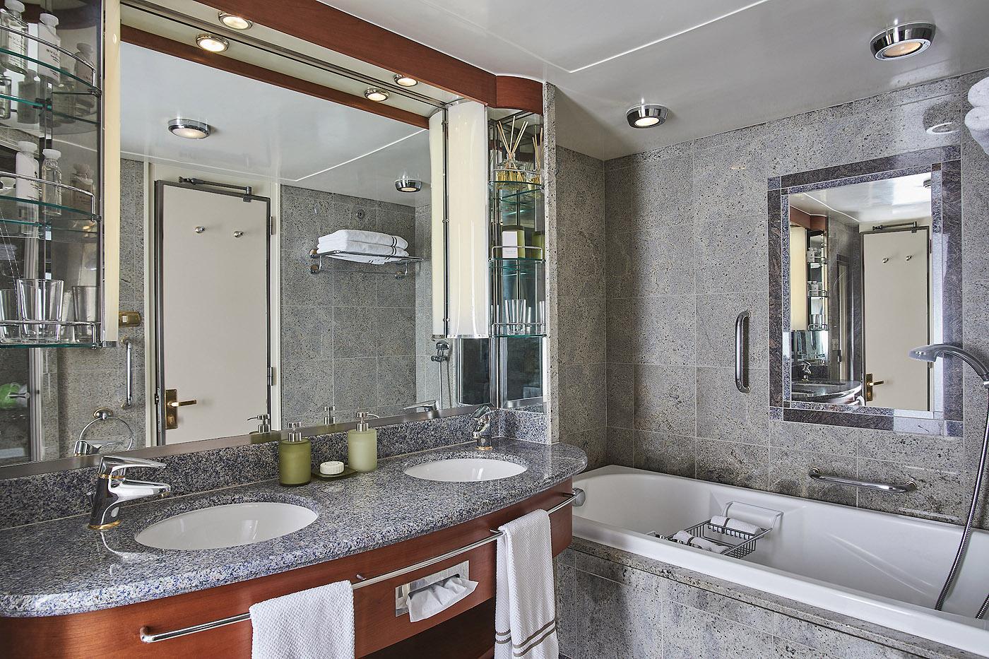 Grand Suite G1 / G2 2 Schlafzimmer - Silver Whisper - Bild 4 - Thumb