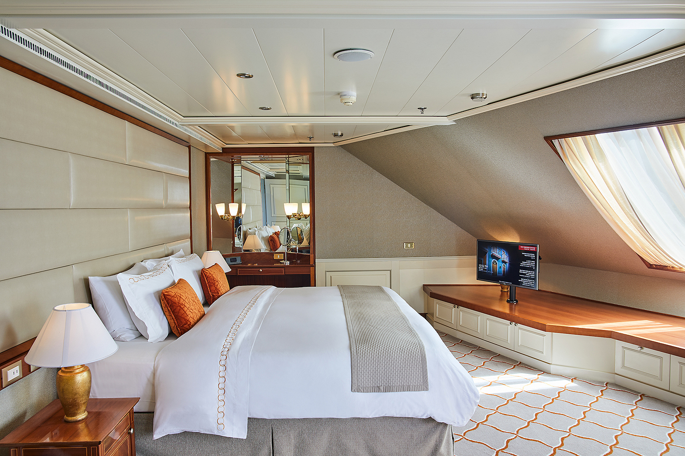 Royal Suite R1 / R2 2 Schlafzimmer - Silver Whisper - Bild 4 - Thumb
